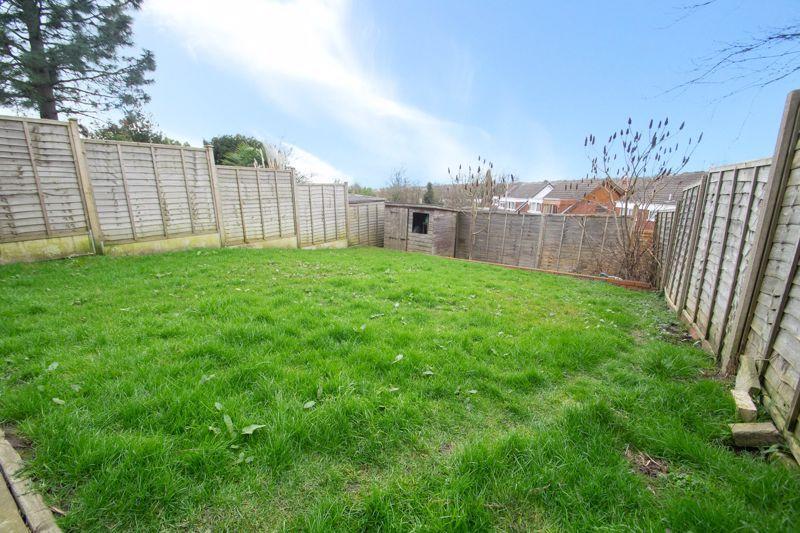 3 bed house for sale in Glynn Crescent 13