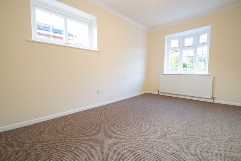 2 bed bungalow for sale in Laburnum Close  - Property Image 11