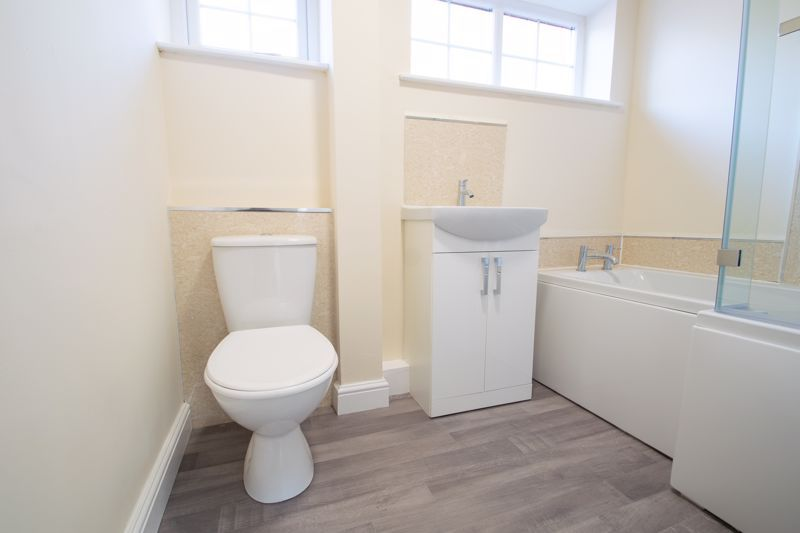 2 bed bungalow for sale in Laburnum Close  - Property Image 12