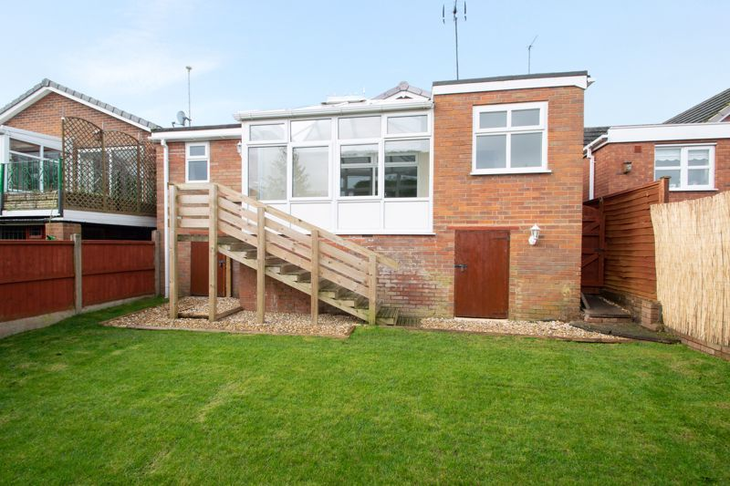 2 bed bungalow for sale in Laburnum Close  - Property Image 14