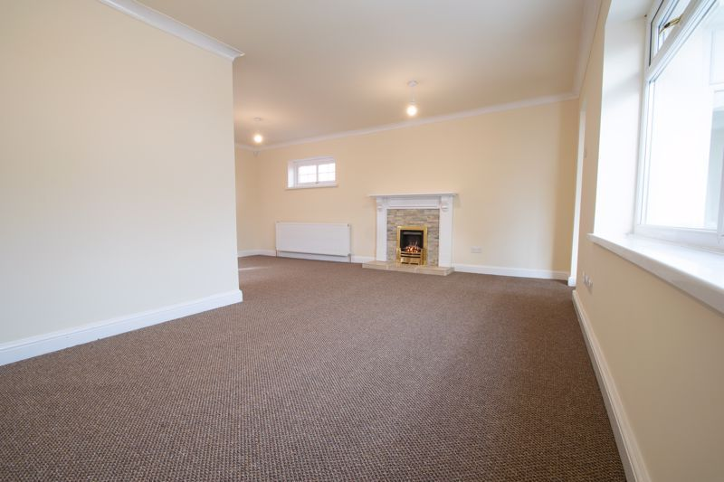 2 bed bungalow for sale in Laburnum Close  - Property Image 6