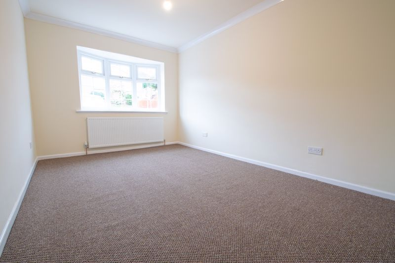 2 bed bungalow for sale in Laburnum Close  - Property Image 10