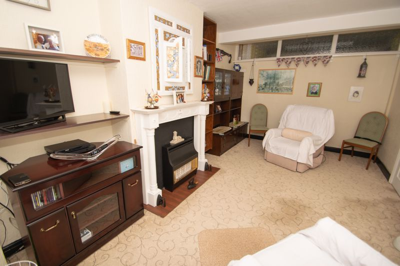 3 bed house for sale in Birch Road  - Property Image 5