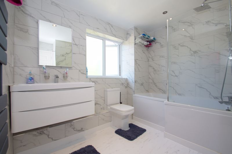 5 bed house for sale in Brookfield Close  - Property Image 16