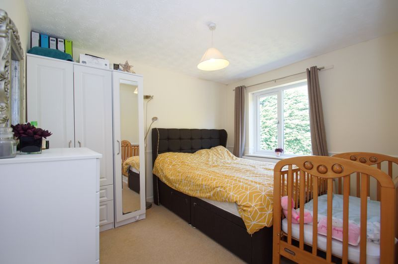 5 bed house for sale in Brookfield Close  - Property Image 18