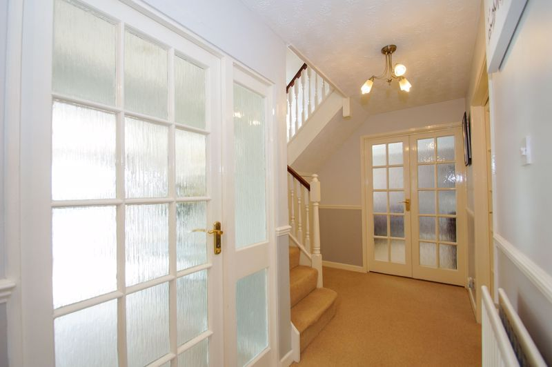 5 bed house for sale in Brookfield Close 8
