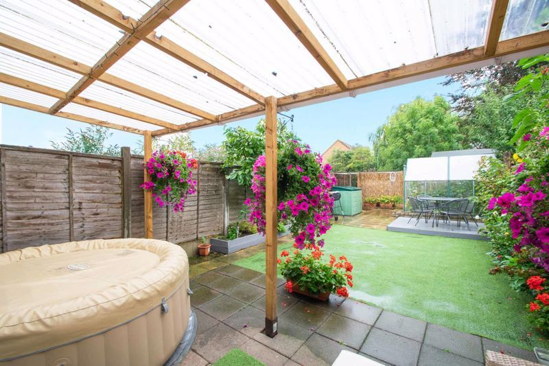 3 bed house for sale in Clee Road 11