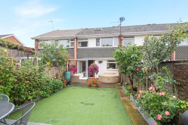 3 bed house for sale in Clee Road 13