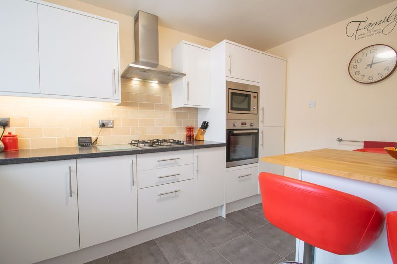 3 bed house for sale in Clee Road 3