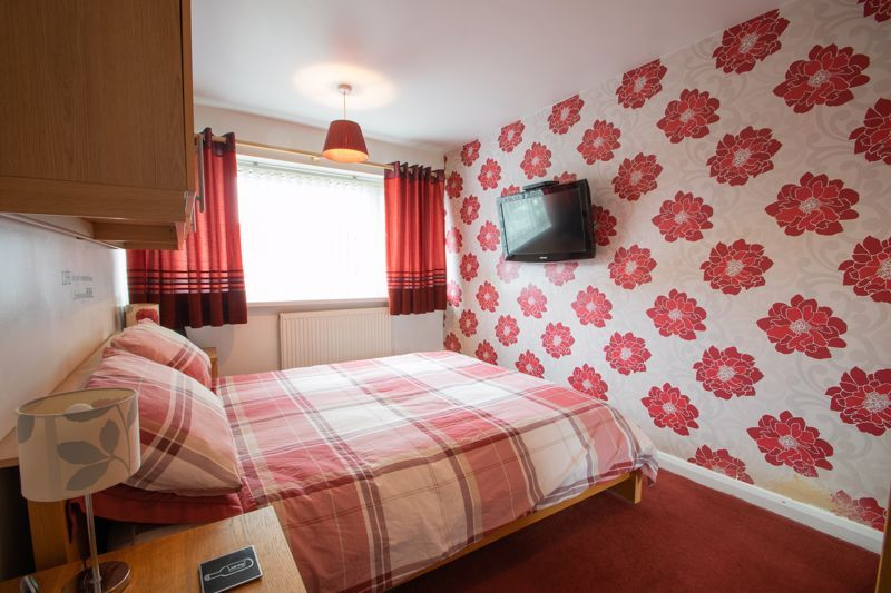 3 bed house for sale in Clee Road 6