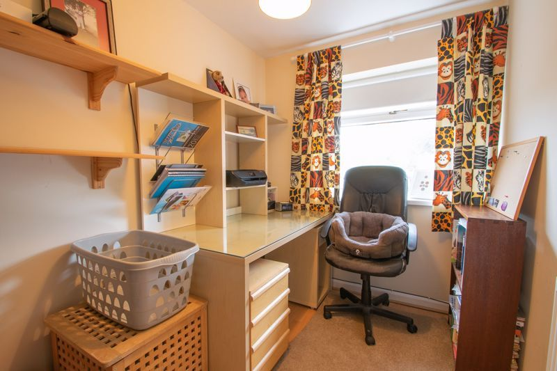 3 bed house for sale in Clee Road 8