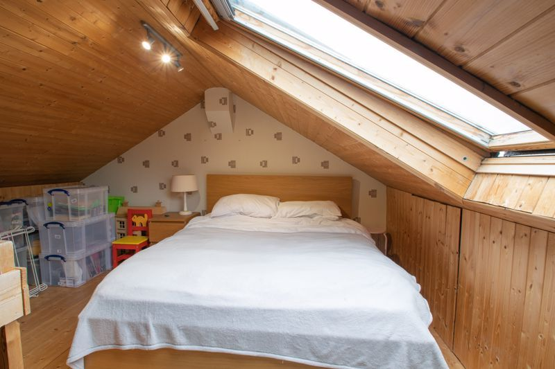 3 bed house for sale in Clee Road 9