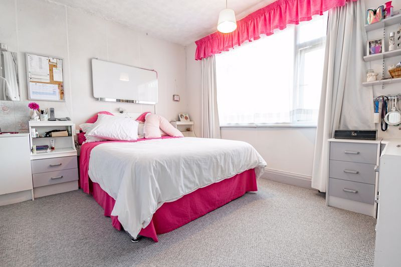 4 bed house for sale in Chawn Hill 8