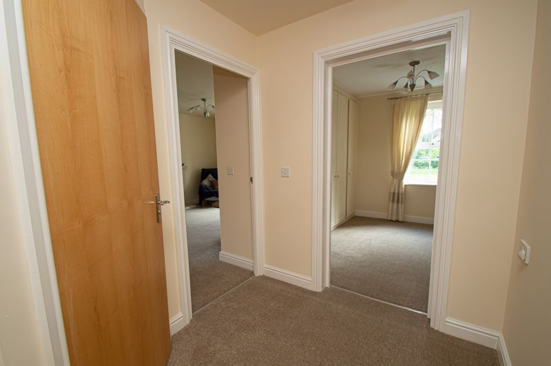 2 bed flat for sale in College Road 8