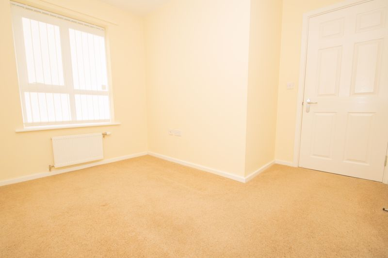 2 bed bungalow for sale in Oldfield Road  - Property Image 8
