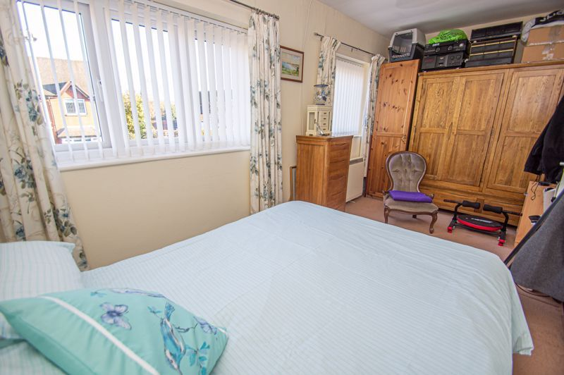 2 bed flat for sale in Golden Cross Lane  - Property Image 9