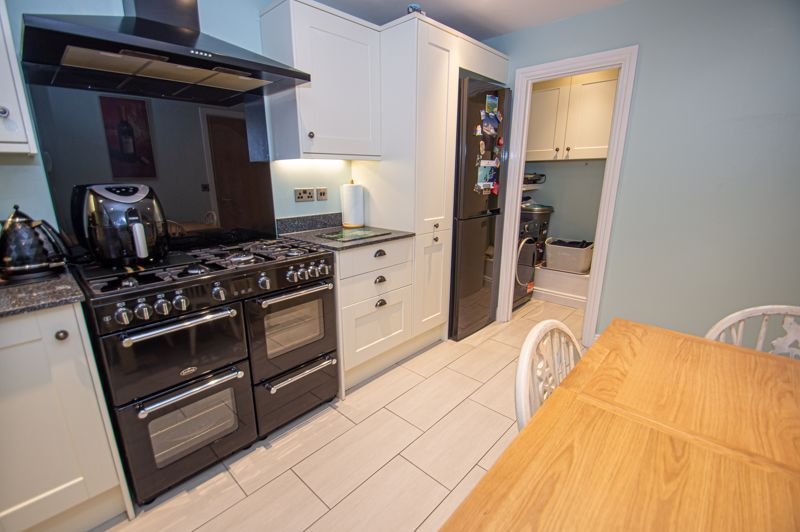 3 bed house for sale in Pastorale Road 4