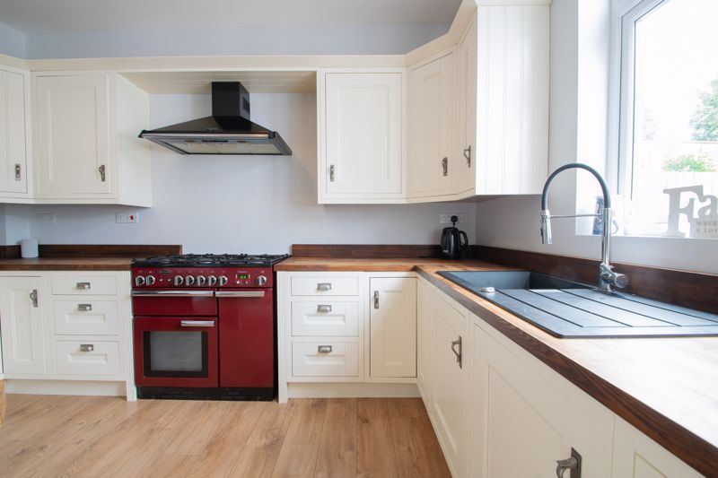 4 bed house for sale in South Avenue 16