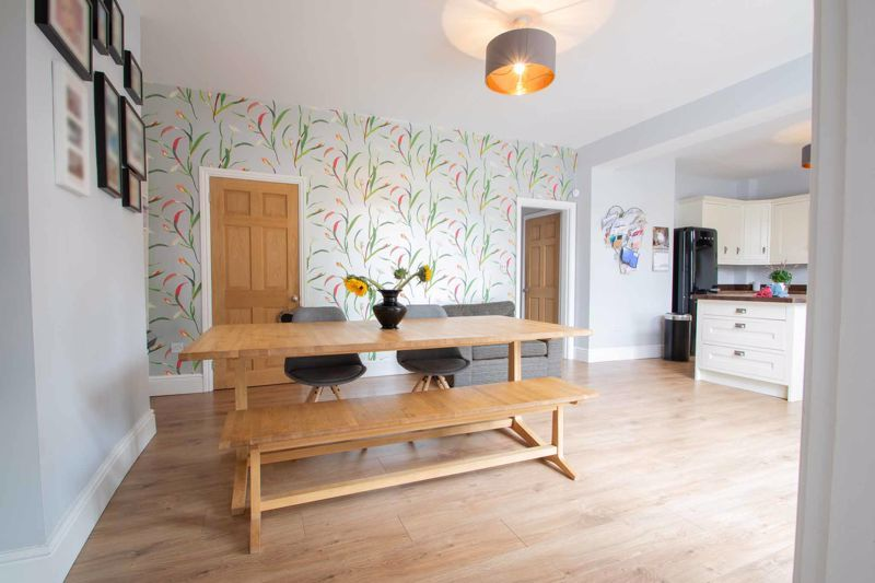 4 bed house for sale in South Avenue 18