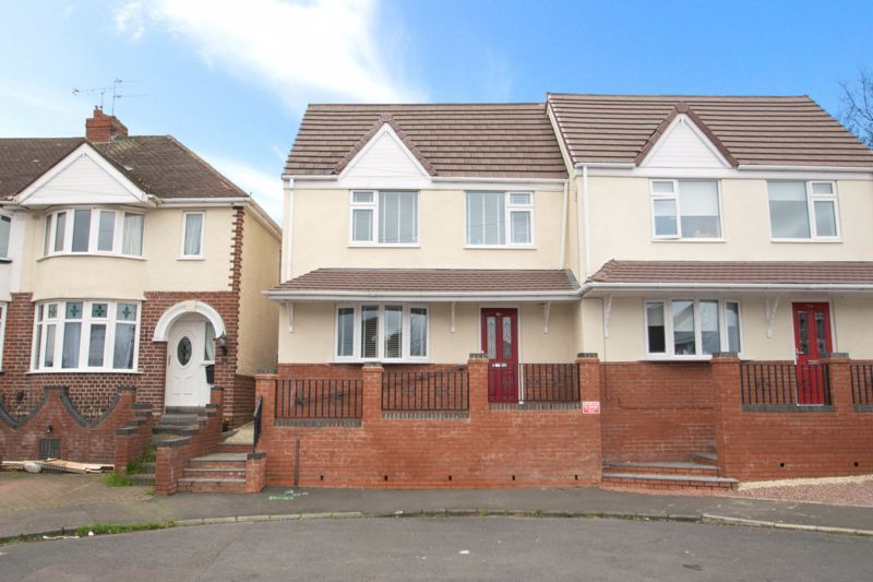 2 bed house for sale in West Road 1