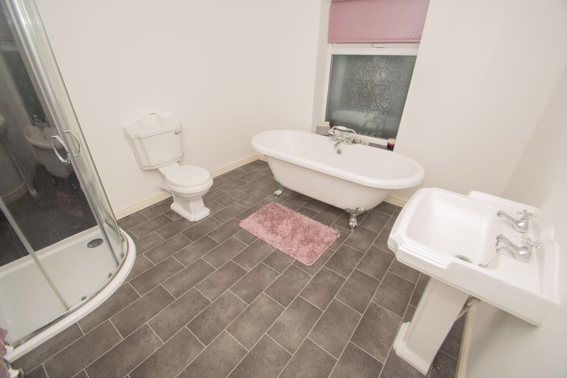 2 bed house for sale in West Road  - Property Image 14