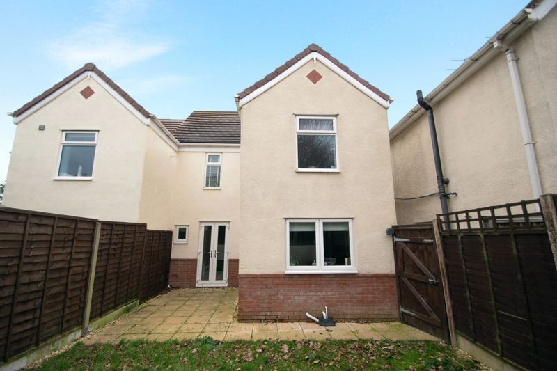 2 bed house for sale in West Road  - Property Image 16