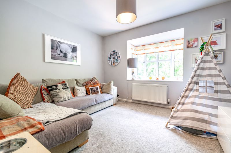 3 bed house for sale in Minworth Close 4