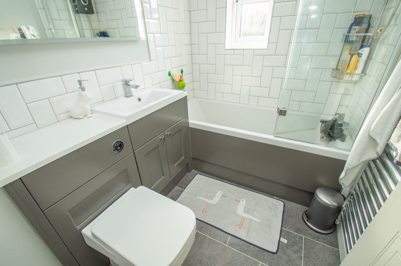 3 bed house for sale in Minworth Close 10
