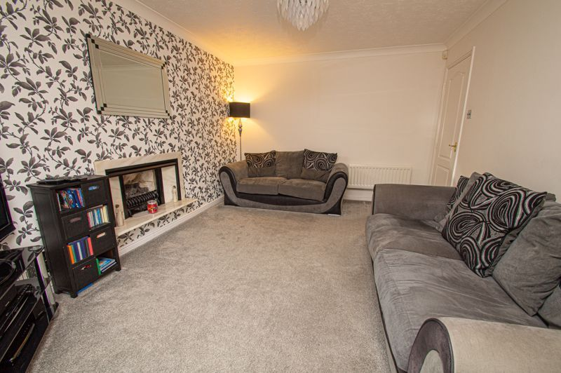 4 bed house for sale in Nine Days Lane 14
