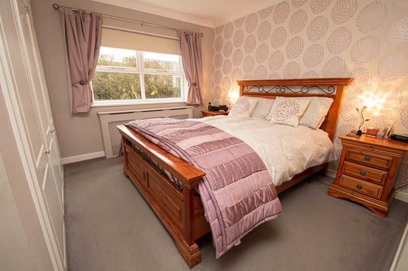 4 bed house for sale in Nine Days Lane 6