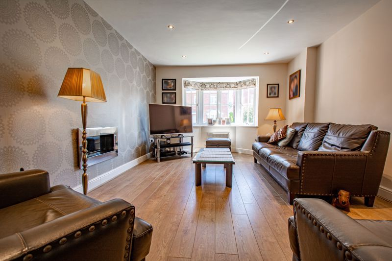 4 bed house for sale in Kentmere Road  - Property Image 2