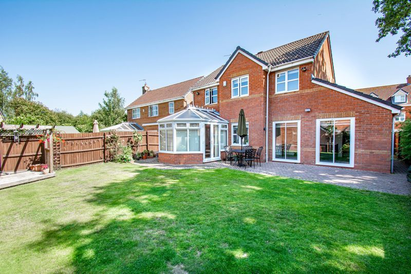 4 bed house for sale in Kentmere Road  - Property Image 12