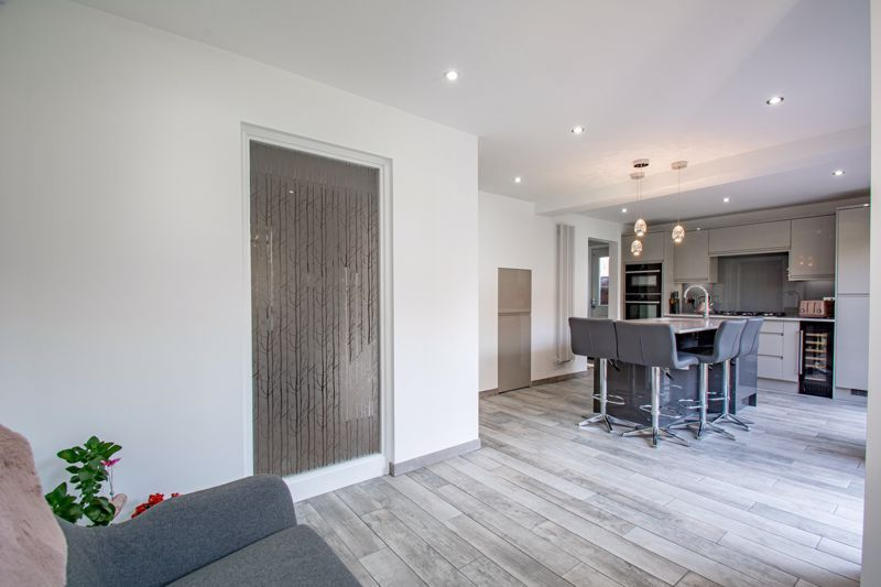 4 bed house for sale in Kentmere Road  - Property Image 5