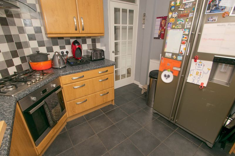 4 bed house for sale in Chawn Park Drive 15