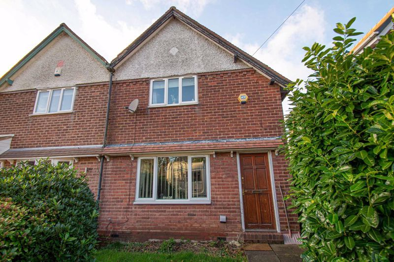 2 bed house for sale in Old Birmingham Road 13