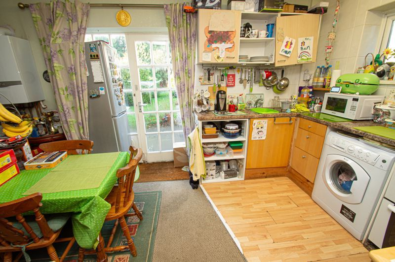 2 bed house for sale in Old Birmingham Road 4