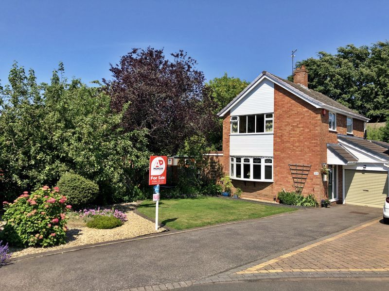 3 bed house for sale in Winchester Drive  - Property Image 1