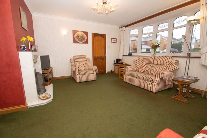 3 bed house for sale in Winchester Drive 14