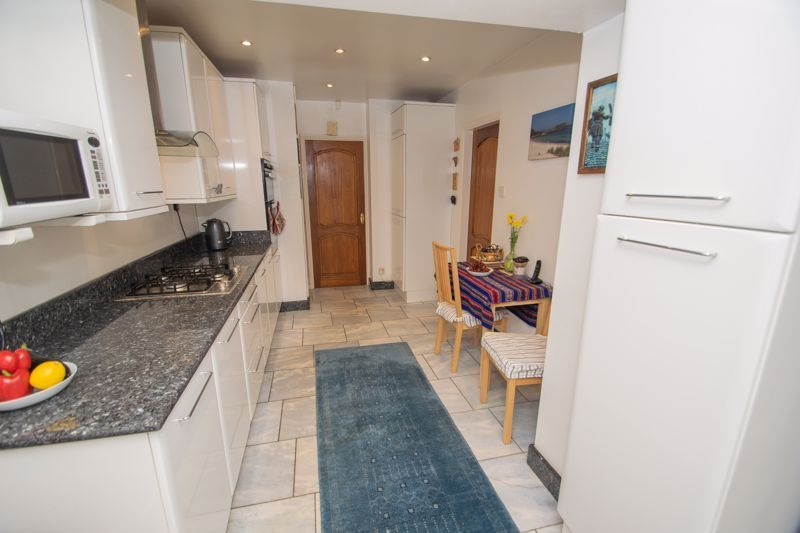 3 bed house for sale in Winchester Drive 18