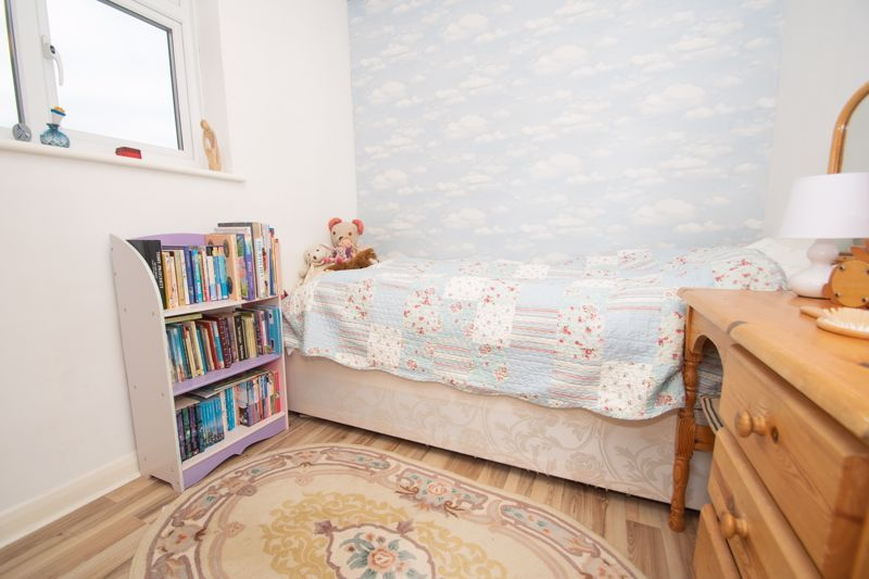 3 bed house for sale in Winchester Drive 10
