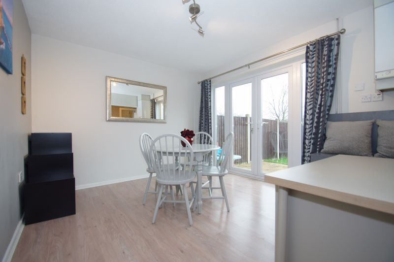 2 bed house for sale in Sandygate Close 3
