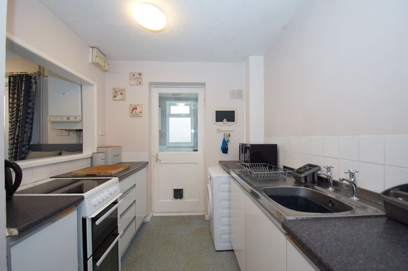2 bed house for sale in Sandygate Close  - Property Image 5