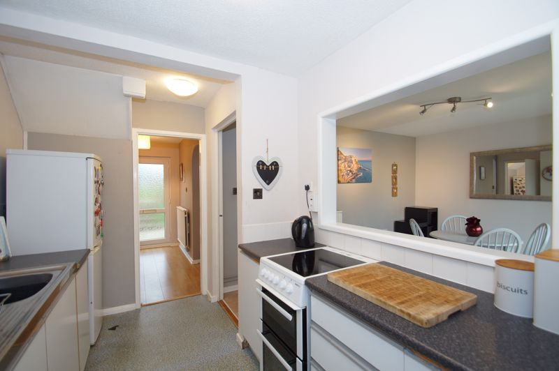 2 bed house for sale in Sandygate Close 6