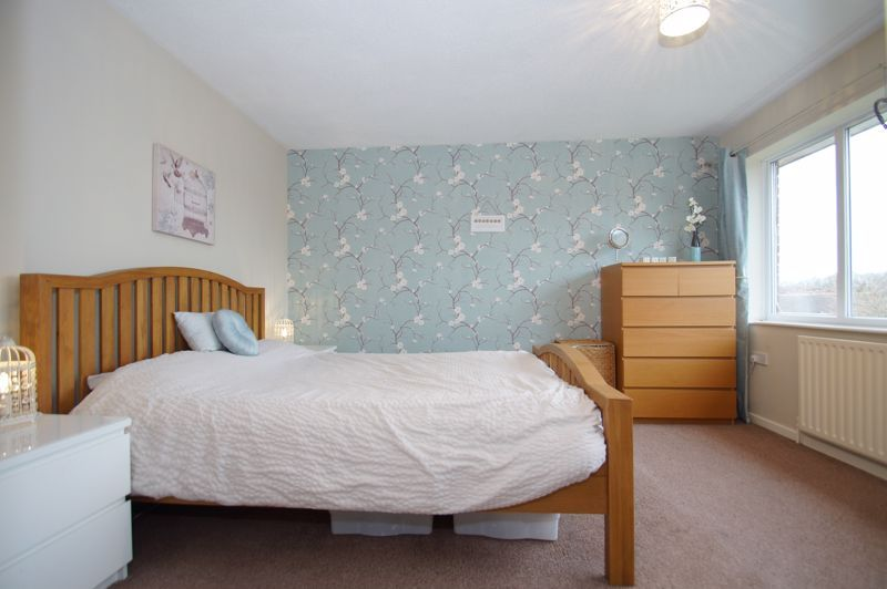 2 bed house for sale in Sandygate Close 7