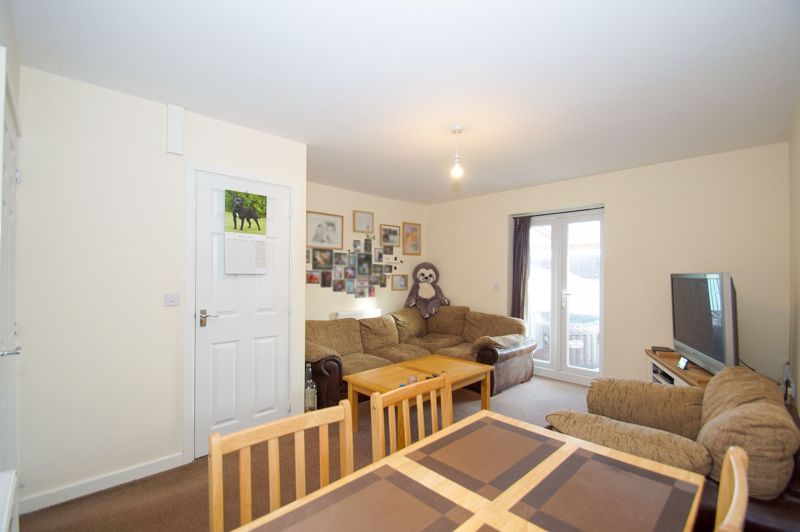 2 bed house for sale in Gretton Close 3