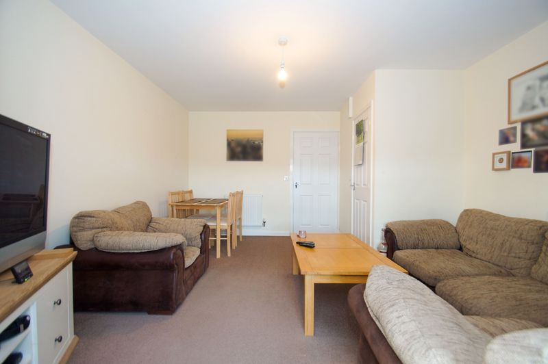 2 bed house for sale in Gretton Close 4