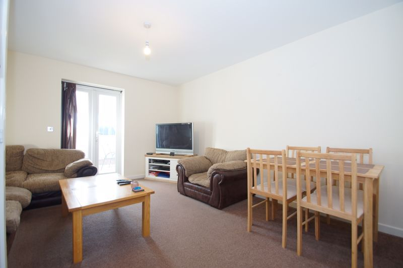 2 bed house for sale in Gretton Close 5