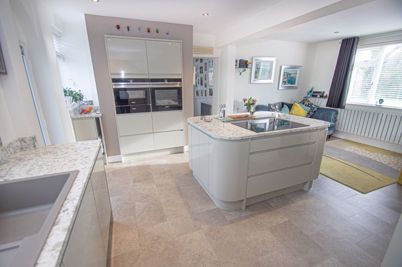 4 bed house for sale in Stoney Bridge  - Property Image 3