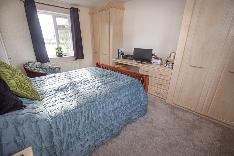 4 bed house for sale in Stoney Bridge 8