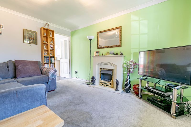 2 bed house for sale in Michaelwood Close 2